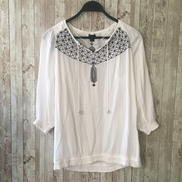 2/$20 Roots Embroidered Peasant Top